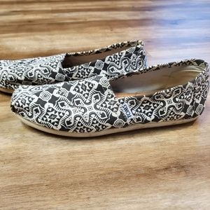 Women's Black and White Tom's Shoes